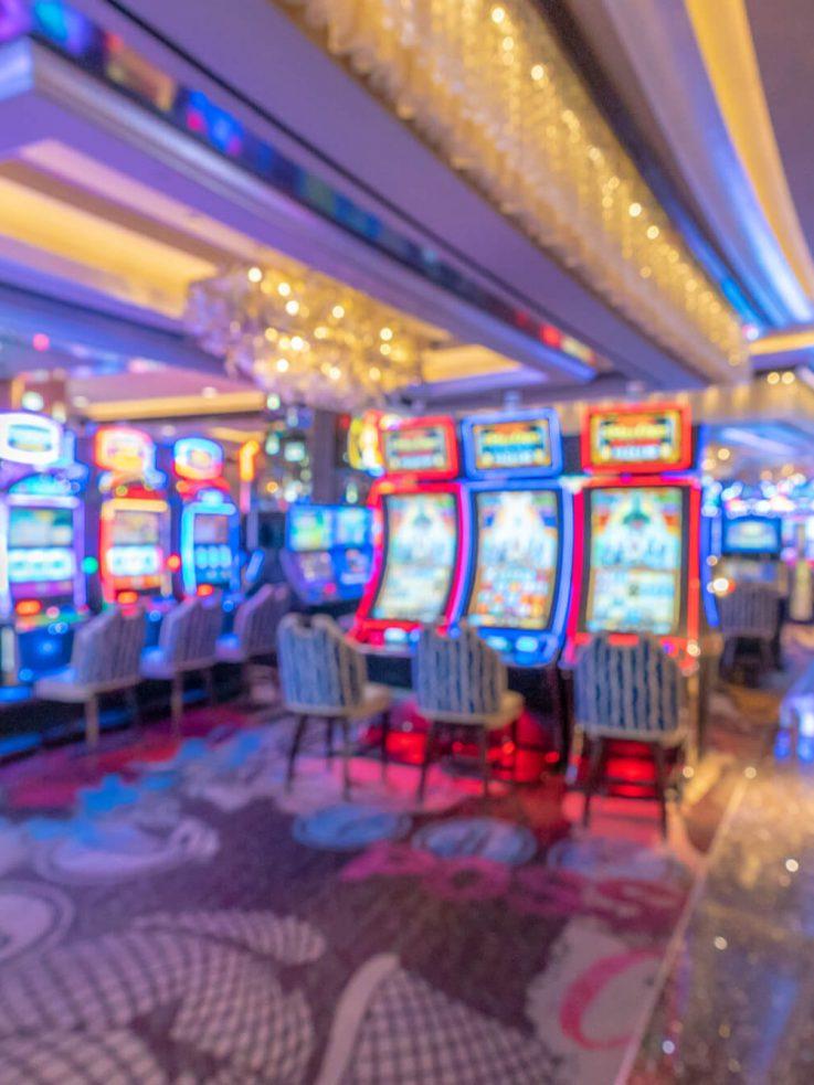 I Danmark bruger vi spillemaskiner på lønningsdagen og oddser i weekenden